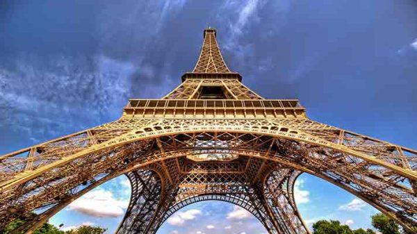 [عکس: Tour-Eiffel-e1526036630656.jpg]