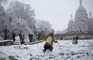 پاریس در برف زیباتر میشود | سکره کور | برج ایفل | کلیسای نتردام ....