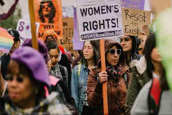 روز جهانی زن چگونه در تقویم جهانی جای گرفت؟
