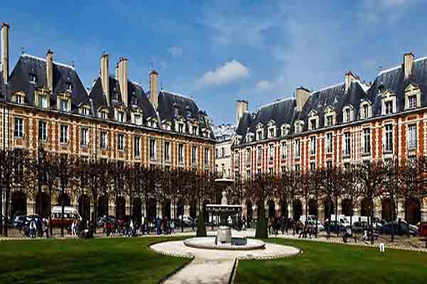 میدان ووژ | Place de Vosges |  قدیمی ترین میدان پاریس