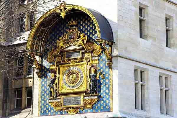 قلعه کونسیرژری و قدیمی ترین ساعت پاریس | Conciergerie