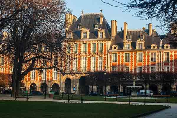 خانه ویکتورهوگو پاریس | Maison de Victor Hugo