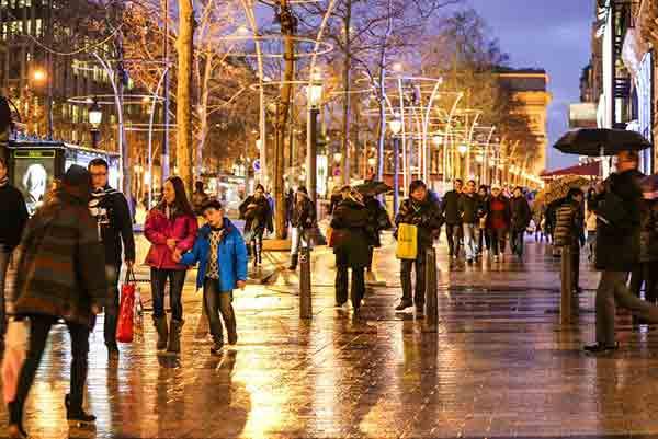 مهمترین مراکز خرید پاریس ,شانره لیزه ,گالری لافایت ,لادفانس ,ریوولی ,مونپارناس