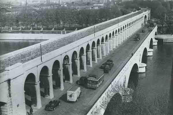 پل گاریجلیانو پاریس , Pont du Garigliano , پل های رود سن