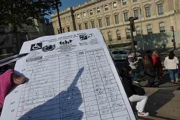 کلاهبرداری پر کردن فرم در پاریس