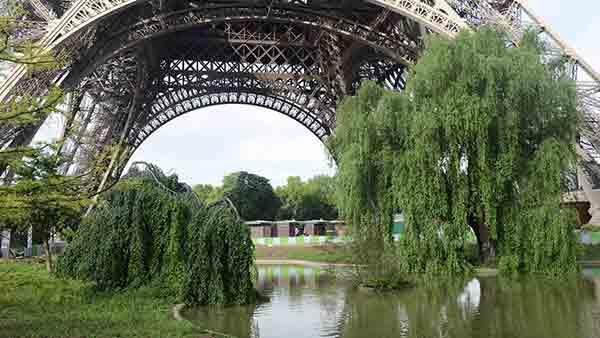 ایفل,پاریس,دیوار شیشه ای,محافظ,امنیت