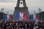 فینال جام جهانی فوتبال در زیر برج ایفل | تماشای جمعی فینال جام جهانی در زیر برج ایفل