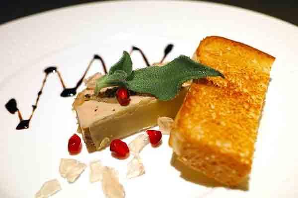 15 غذای محبوب فرانسوی که حتما باید امتحان کنید , کبد چرب