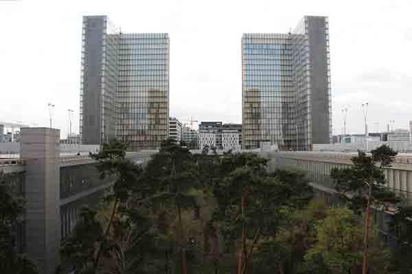 کتابخانه ملی فرانسه , جاذبه های تاریخی پاریس , مراکز فرهنگی پاریس