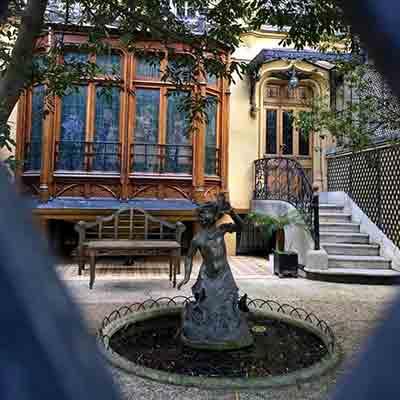 افسانه های مخوف پاریس,هالووین , فانتوم, روح سرگردان