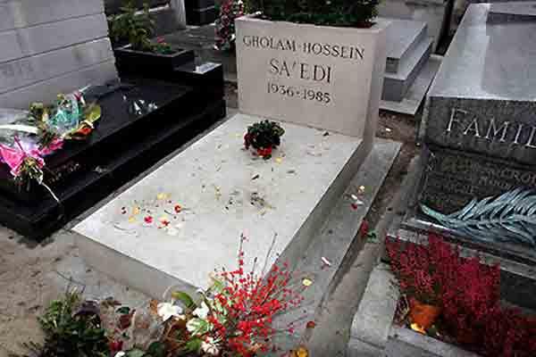 ایرانیان مدفون در قبرستان پرلاشز پاریس,قبرستان پرلاشز,ایرانیان,پرلاشز,ایرانیان در پاریس,پاریسگردی,غلامحسین ساعدی