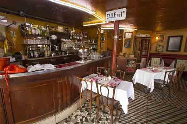 رستوران سنتی فرانسوی , گردشگری,رستوران های پاریس ,غذاهای سنتی فرانسوی,رستوران سنتی