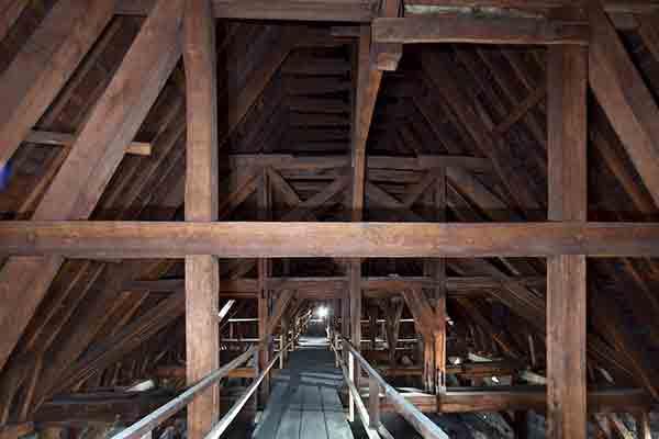 اسرار کلیسای نتردام پاریس