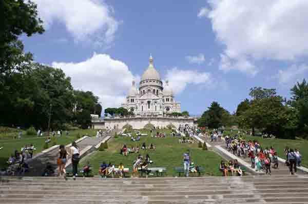 مونمارتر پاریس , کلیسای قلب مقدس , کلیسای سکره کور