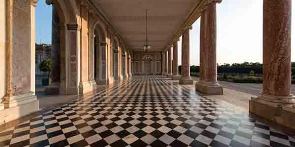 Courtesy of the official Chateau de Versailles website